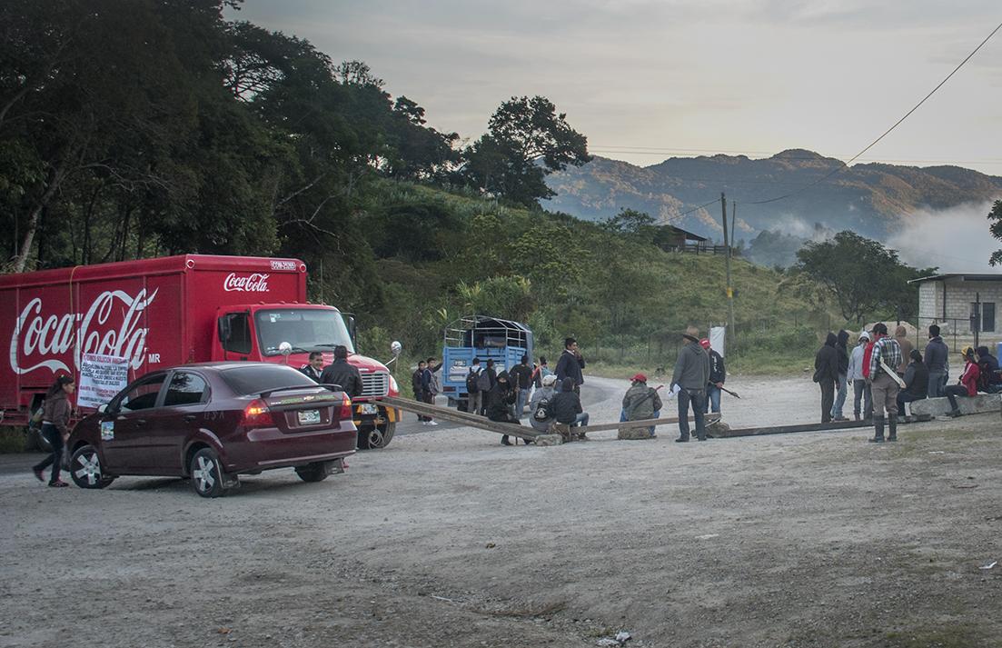 Roadblock on the road to Palenque, just past Ocosingo.