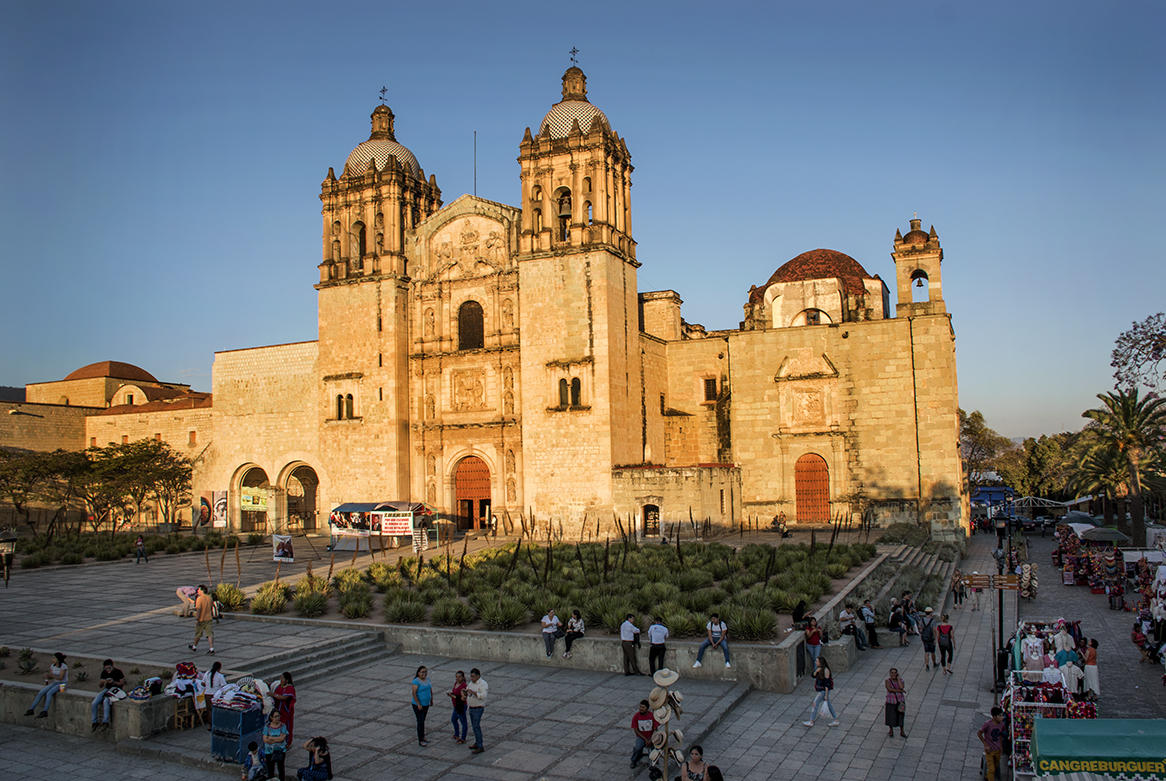 Plaza outside Templo de Santo Domingo.